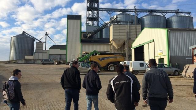 espace stockage céréales de l'entreprise-agricole BARTHEAU