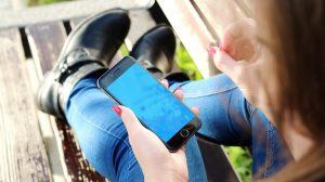 Le téléphone portable chance ou malédiction en milieu éducatif ?
