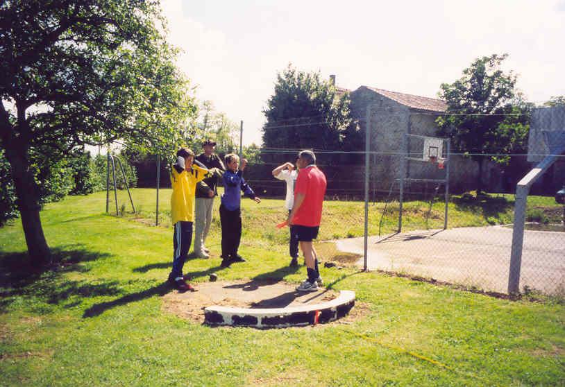 Archives anciens élèves mfr puy-sec 2001 lancer poids 3ème laurent