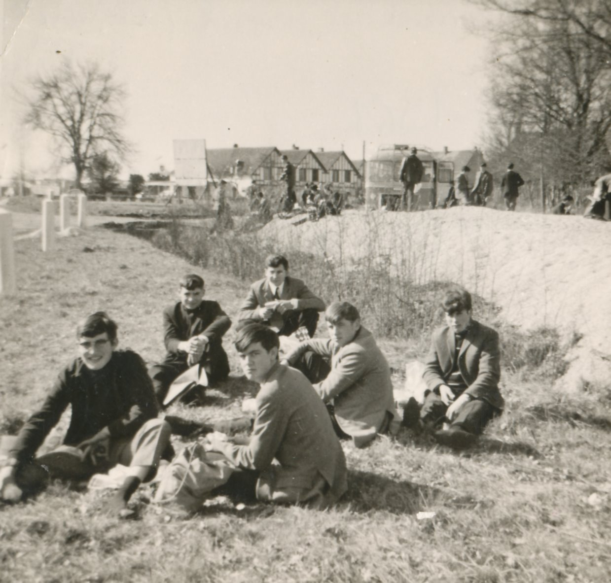 Archives anciens élèves mfr puy-sec 1965 (6)
