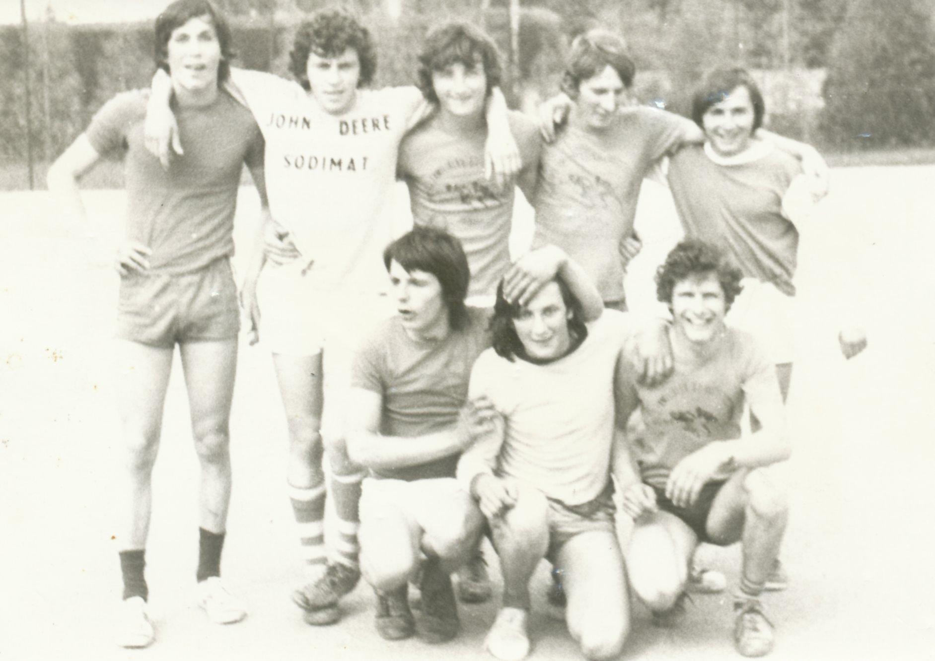 Archives anciens élèves mfr puy-sec 1974 (1)