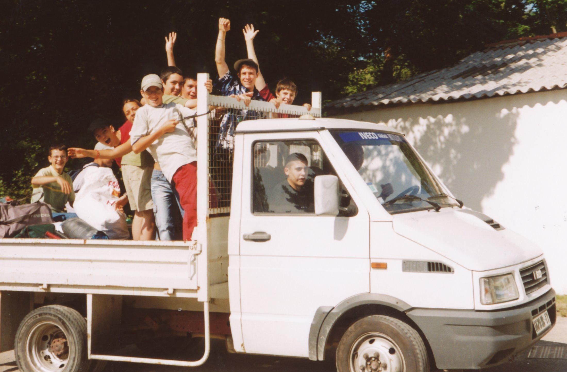 Archives anciens élèves mfr puy-sec 2002 (15)