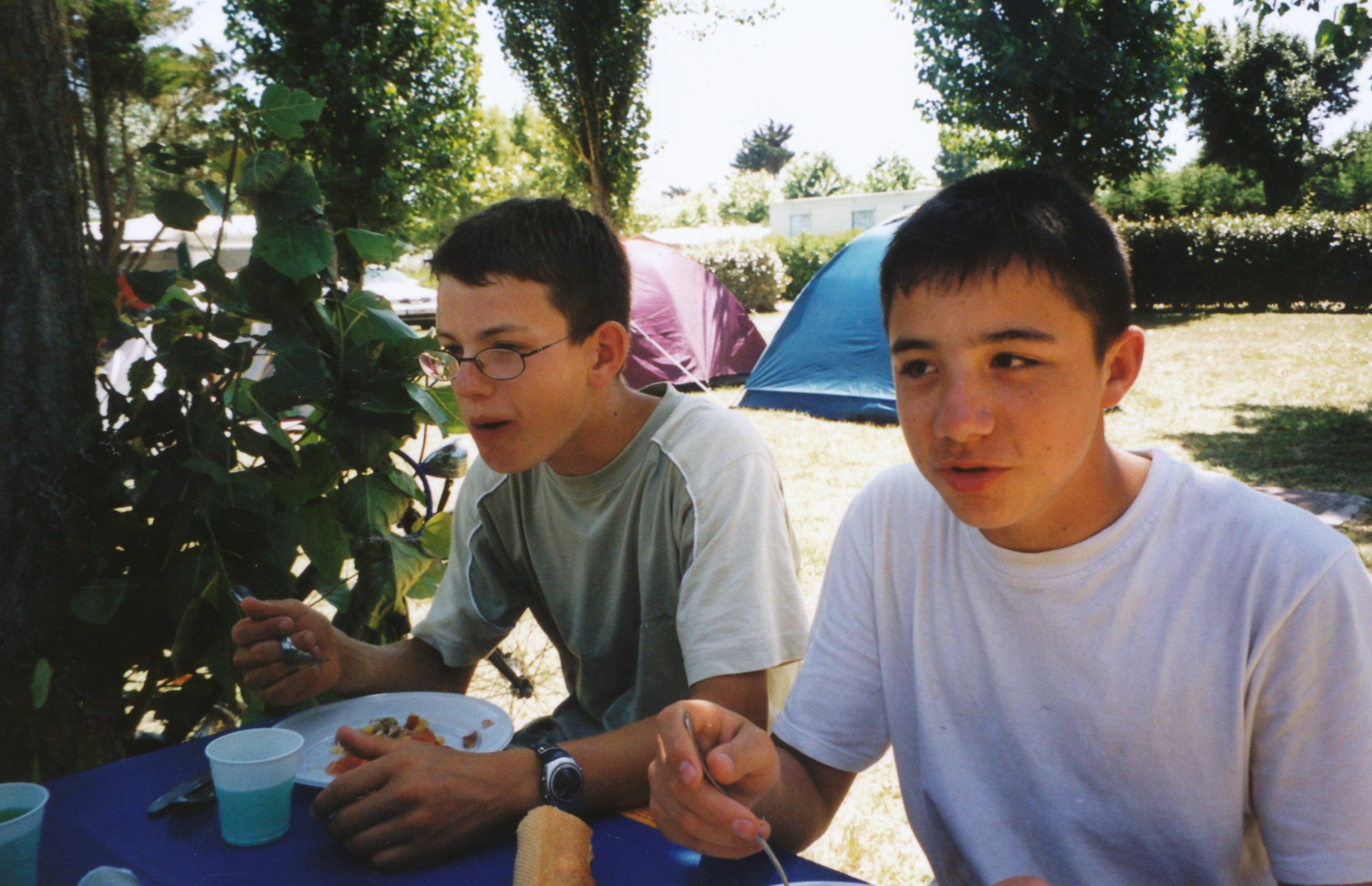 Archives anciens élèves mfr puy-sec 2002 (3)