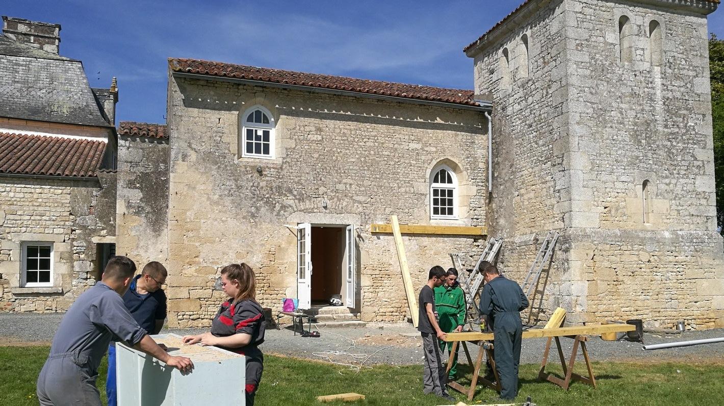 Vie résidentielle au CFA MFR Puy-Sec Activité bricolage