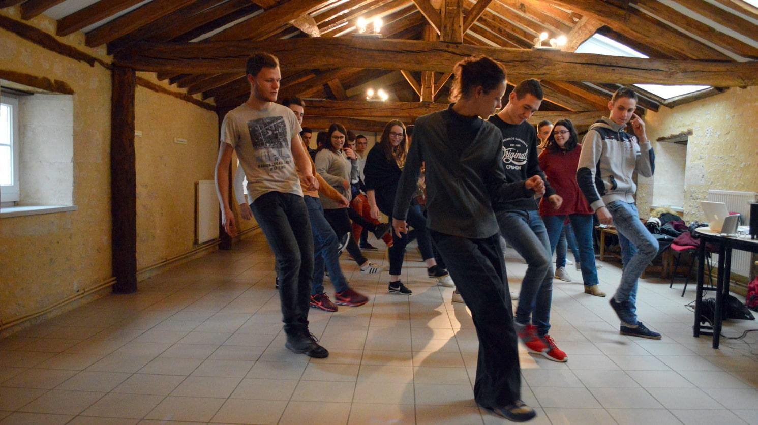 Vie résidentielle au CFA MFR Puy-Sec Initiation danses