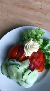 Assiette de crudités et mayonnaise - MFR PUY SEC-